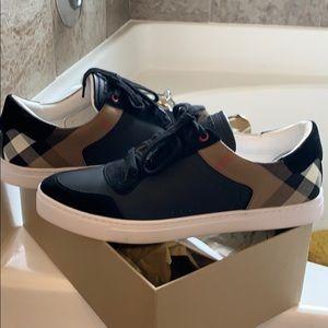 Men Burberry sneakers